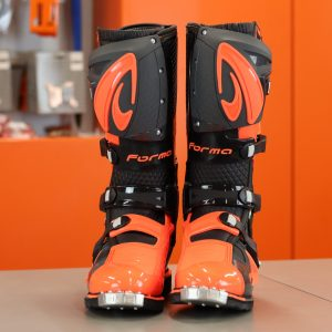 Forma Predator 2.0 – Orange/Black (EURO 45)