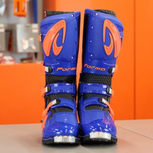 Forma Predator 2.0 – Blue / Orange  (EURO 46)