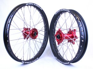 Beta RR 4T & 2T – Motocross / Enduro Wheel Set (Red hubs – Black rims)